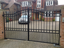 tubular steel driveway art gates for wholesale and distributor