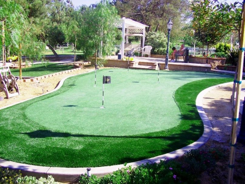 Man-Made Synthetic Turf Grass For Golf And Putting Outdoor Green
