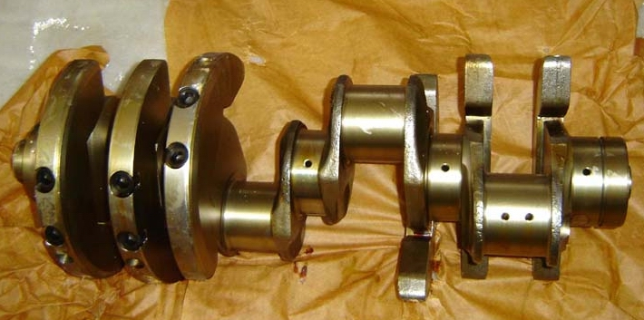 FORGED STEEL CRANKSHAFT FOR MERCEDES BENZOM352 , OM366, OM355, OM442, OM401, OM402 , OM403, OM447, OM457, OM460
