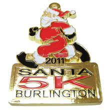 2017 custom design christmas lapel pins with hard enamel