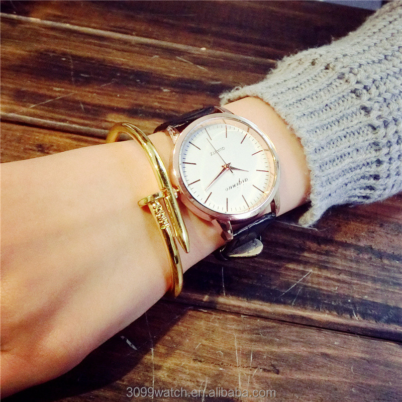 Fashion high quality factory price waterproof wrist watch retro leather band for couple