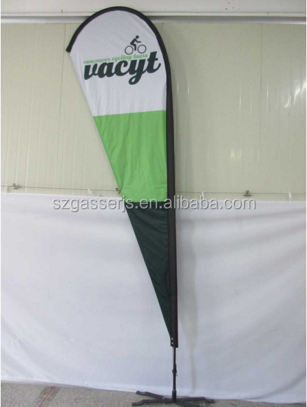 Durable tear drop banner flags for supermarket advertising
