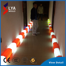 Solar Lighting Plastic Road Technology Of Kerbs Used In Traffic Circles