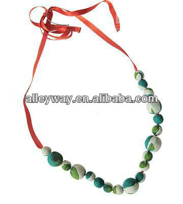 Hand make chiffon neckless with pearl and satin tape 2