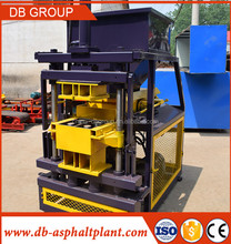 2016 Hydraulic Pressure High Quality Soil /Mud Interlocking Brick Making Machine In Mexico 2-10