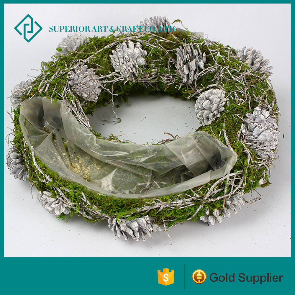 Wholesale Green Interior Design Decorative Artificial Rattan Decorative Flowers & Wreaths Moss Wreath for Sale