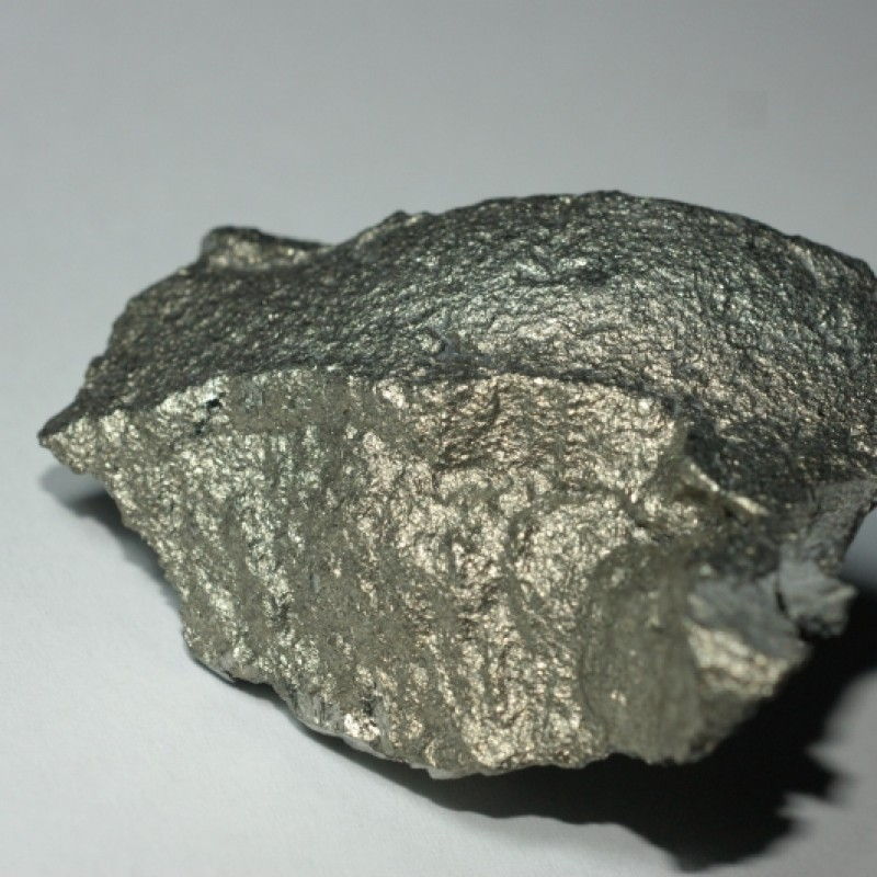High quality raw iron ore fe 65% for sale