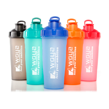 Low MOQ Food Grade BPA Free 700ml Plastic Wholesale Protein Shaker Bottle
