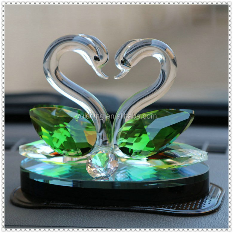 Shining Crystal Diamond Green Swans For Baby Souvenir