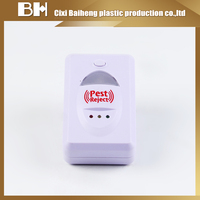 Repeller pest reject 2 in 1 Electromagnetic and ultrasound Repels Rodents and Insects