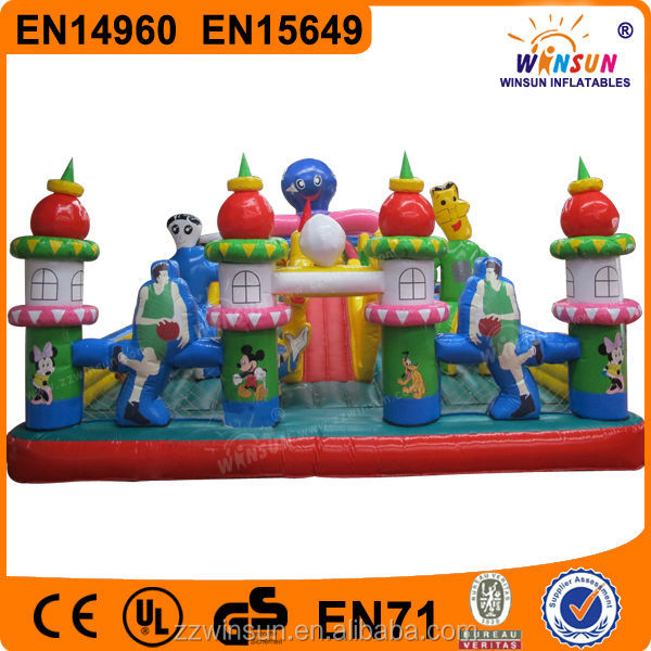 EN14960 Popular commercial giant castle juegos inflables
