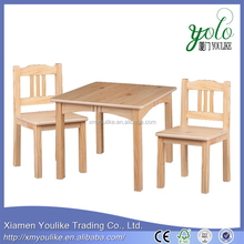 Children's cheap solid wooden tables and chairs combination