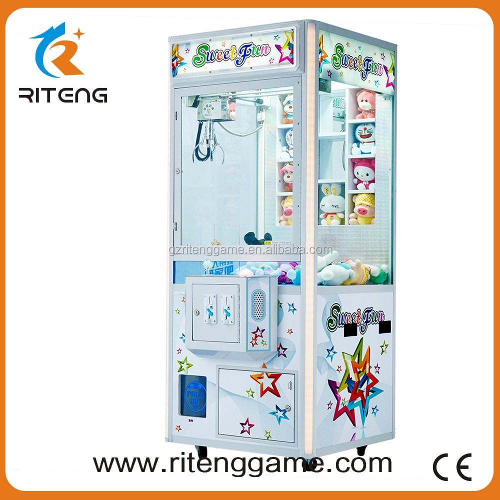 Gold Supplier China toy catching machine updated electric mini toy crane game machine