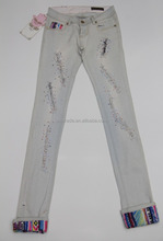 W0068 New Design Decorated Ripped Denim Pants Women Jeans