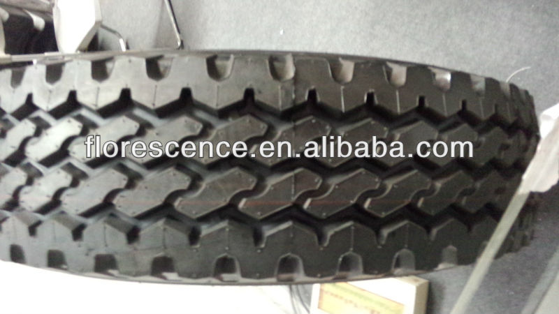 China Manufacturer Rubber Truck Tire 750R16