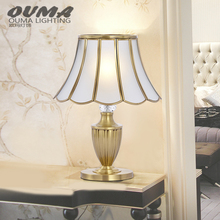 Dubai Decorative Light Fixture Factory Wholesale Bedside Table Lamp For Hotel