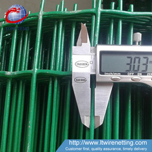 Anping pvc coated 4x4 5x5 6x6 welded wire mesh fence/euro fence