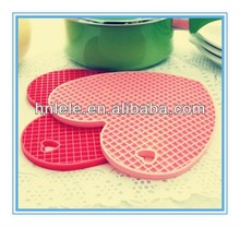 LELE best quality pretty beautiful Acrylic cup table mat,acrylic table pad