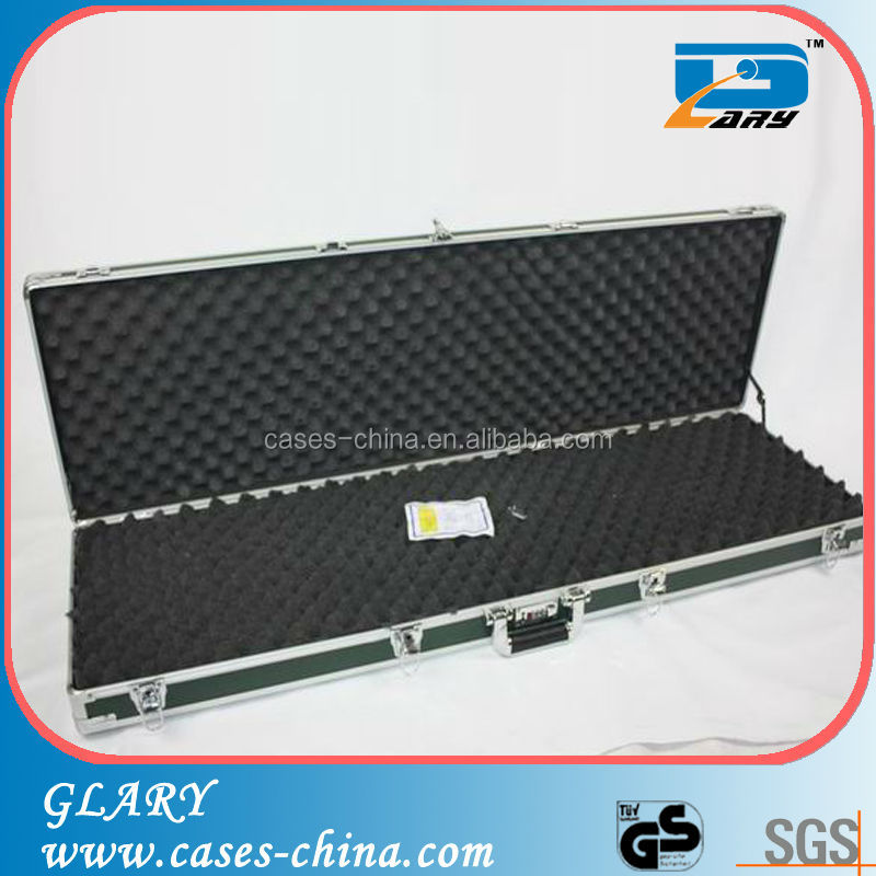 Portable decorative gun case