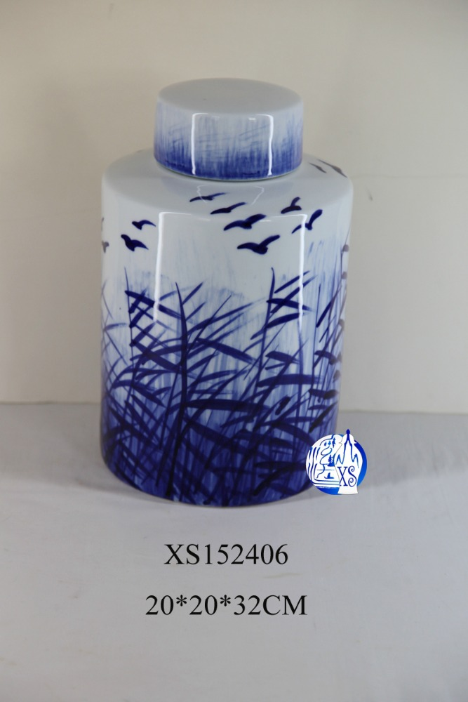 100% Eco-friendly ceramic Chinese style blue and white tea jar