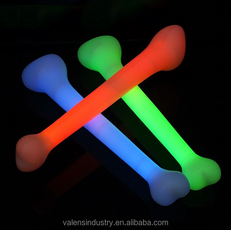 Glow in the Dark Stick Innovative New Product Hot Selling Glow in the Dark Bone for Halloween Costume Ball Scene
