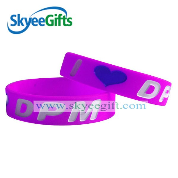 silicone engrave sayings oil coating wristband color