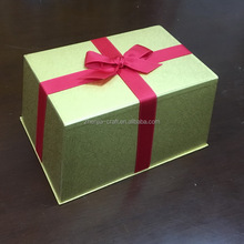 Tapered paper gift box with ribbon glitter box