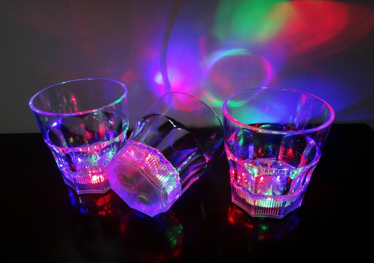 Mini plastic LED Flashing cup for Beverage Wine at Bar and Wedding Party