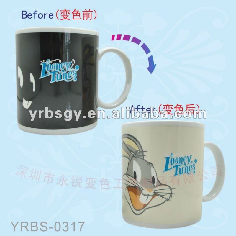 11oz Ceramic Picture Magic Mug with Looney Tunes