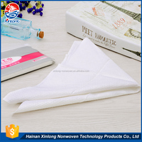 2015 new customized convenient high quality soft nonwoven pure white and comfortable disposable hair salon towel