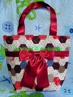 cosmetic cotton printing and quilting hand bag hexagon red A005-C0003