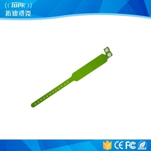 custom popular rfid disposable PVC wristband