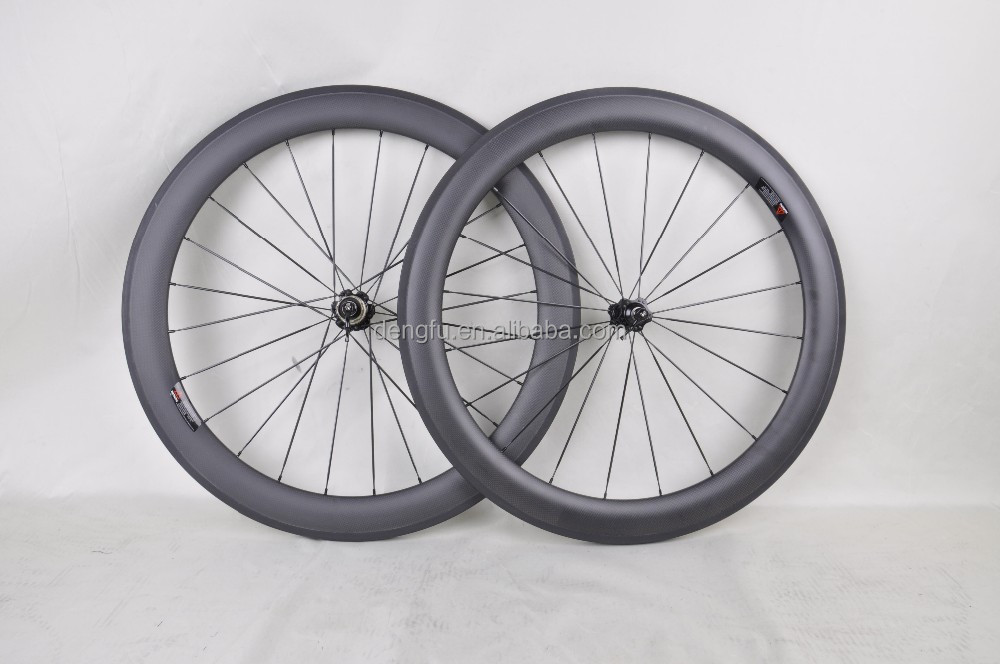 Chinese OEM cheap super light 700C 60mm road bike clincher carbon aero U shape wheelset/rim