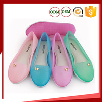 Ladies tow color pvc crystal full close shoes Plastic jelly slip on shoes for girl