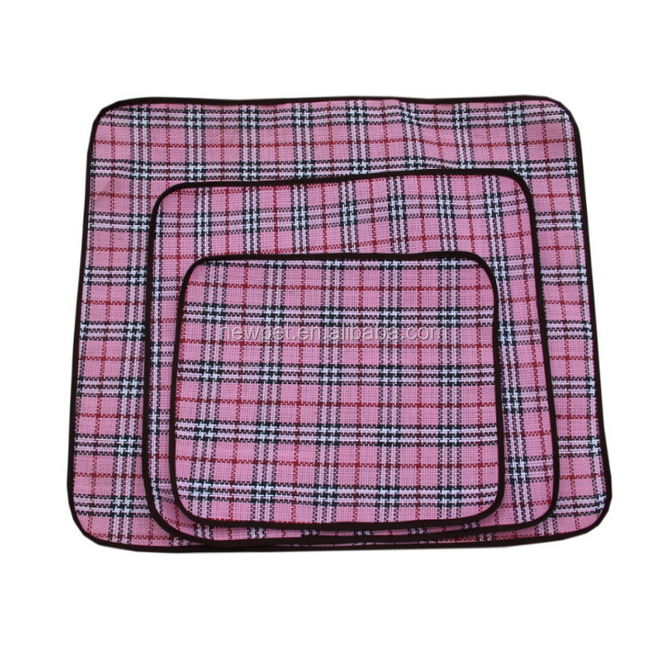 Alibaba china fashionable best summer sleeping pad pink dog bed with flower