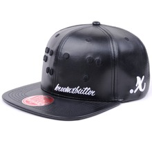 New products 2015 wholesale snap back hats with embroidery logo