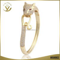 Fashion design 18K gold leopard balance bracelet AAA white zircon charm bracelet for lady