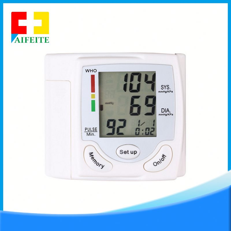 ARM 24 hours digital medical equipment digital blood pressure apparatus