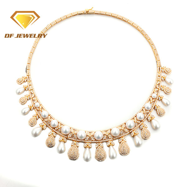 Fashion Wholesale New Design Artificial Pearl Jewelry Set Drop Earring And Necklace Set