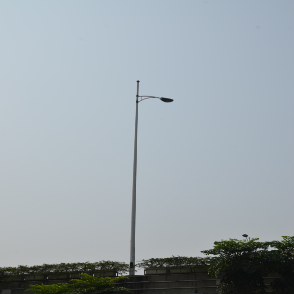 high quality reliable galvanized steel street lighting poles