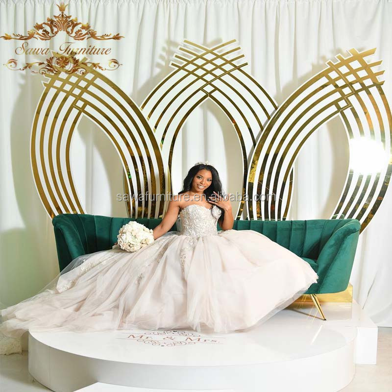 Customized made gold frame stage luxury wedding backdrop