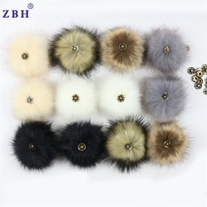 Mixed color Faux fur pom poms with snap button for beanie hat