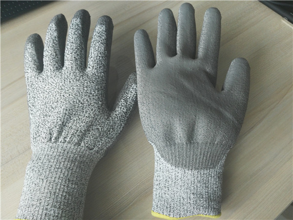Cut resistant HDPE gloves / cheap heavy duty PU Coated gloves.