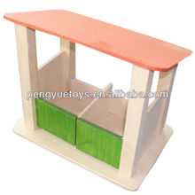 Wooden toys horse stables made in China py 2053