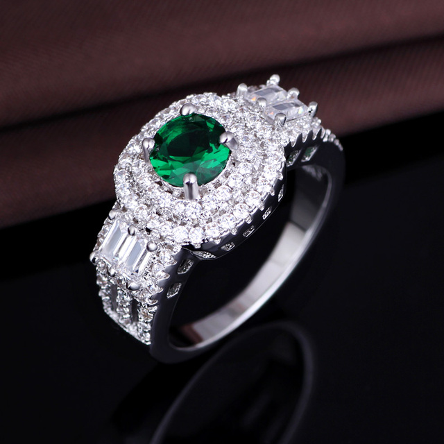 Wholesale micro pave cz stone &green crystal jewelry finger rings for enagagement