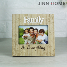 Hotsale Family 4x6'' Eco-friendly Natural Wood Provence Romantic Photo Frame Chic Family Laser Cutter Stand Picture Frame