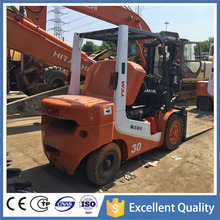 FD30T6 TCM Small Walk Noise Used Container Forklift in Singopare