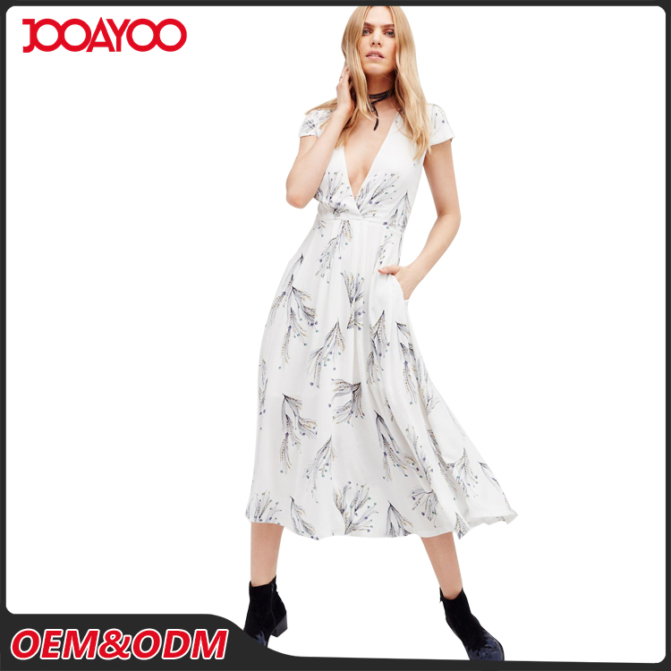 OEM ODM New Style Fashion Casual White Printed Girl Dresses Short Sleeve Women Long Maxi Dress
