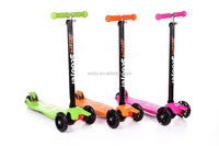 Mini Maxi Kids Kick Scooter With Three Flash Wheels