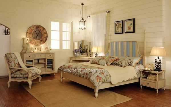 BD3006 - Antique 1.8m wedding blue and white wood bed posts